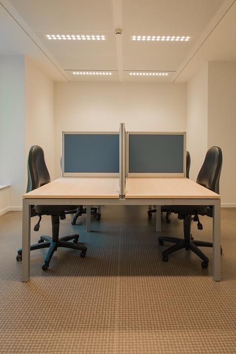 U velkých firem je sídlo firmy ve svých kancelářích klasikou